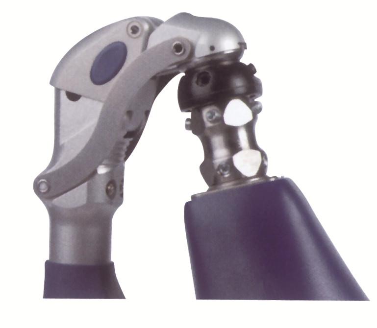 3R106双气压多轴膝关节